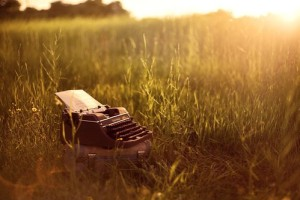 field,typewriter,writing,art,grass,cool-b141dfdd83bf6d3a1af736d1d5f680f1_h